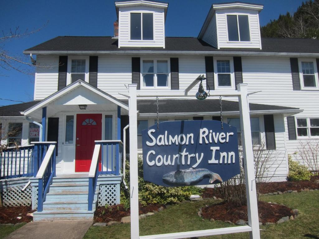 Salmon River Country Inn