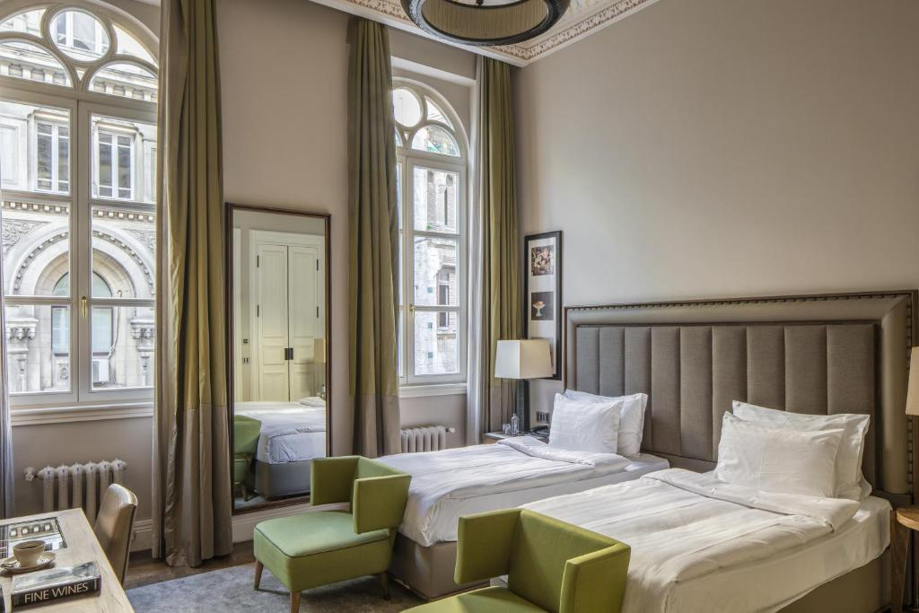 A bed or beds in a room at The Bank Hotel Istanbul, a Member of Design Hotels