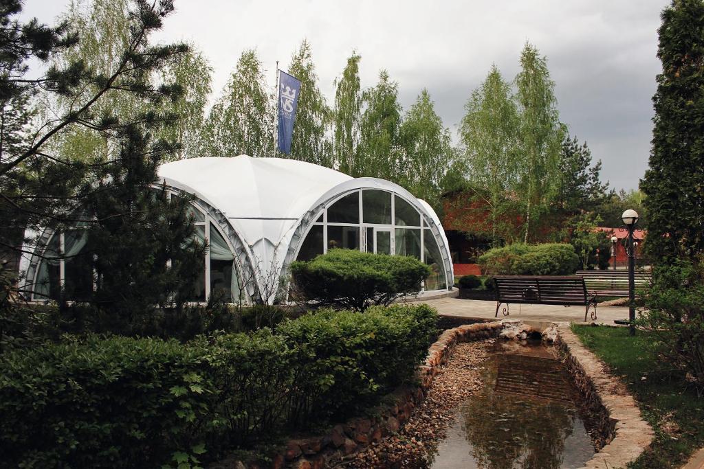 Сад в Норд Стар Отель