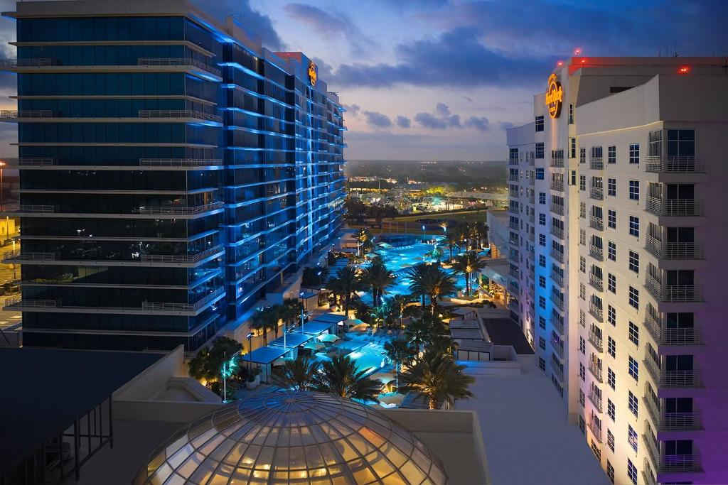 A view of the pool at Seminole Hard Rock Hotel and Casino Tampa or nearby