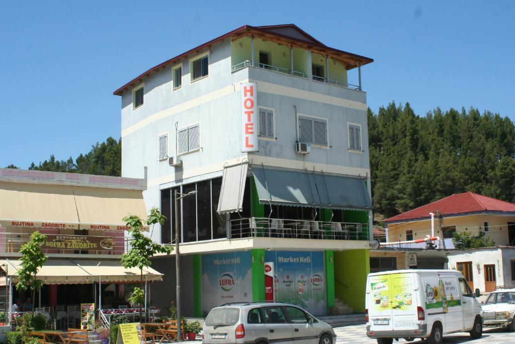 Bar Hotel Mandi