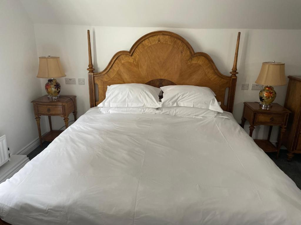 The Royal Adelaide Hotel - Laterooms