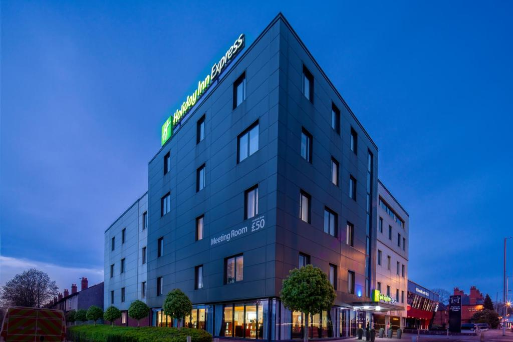 Holiday Inn Express BIRMINGHAM - SOUTH A45 - Laterooms
