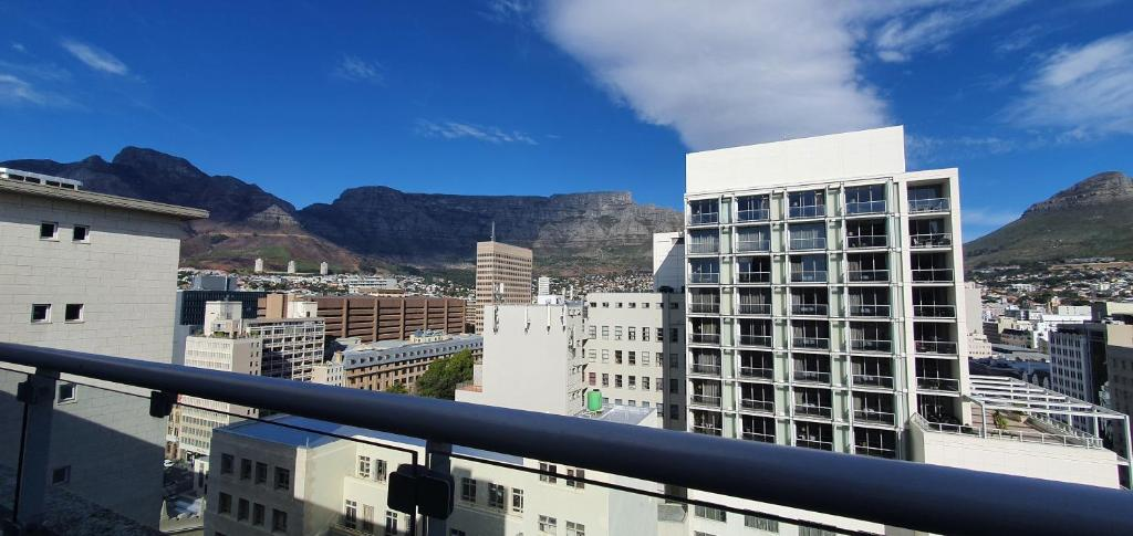 Holiday Inn Express CAPE TOWN CITY CENTRE - Laterooms