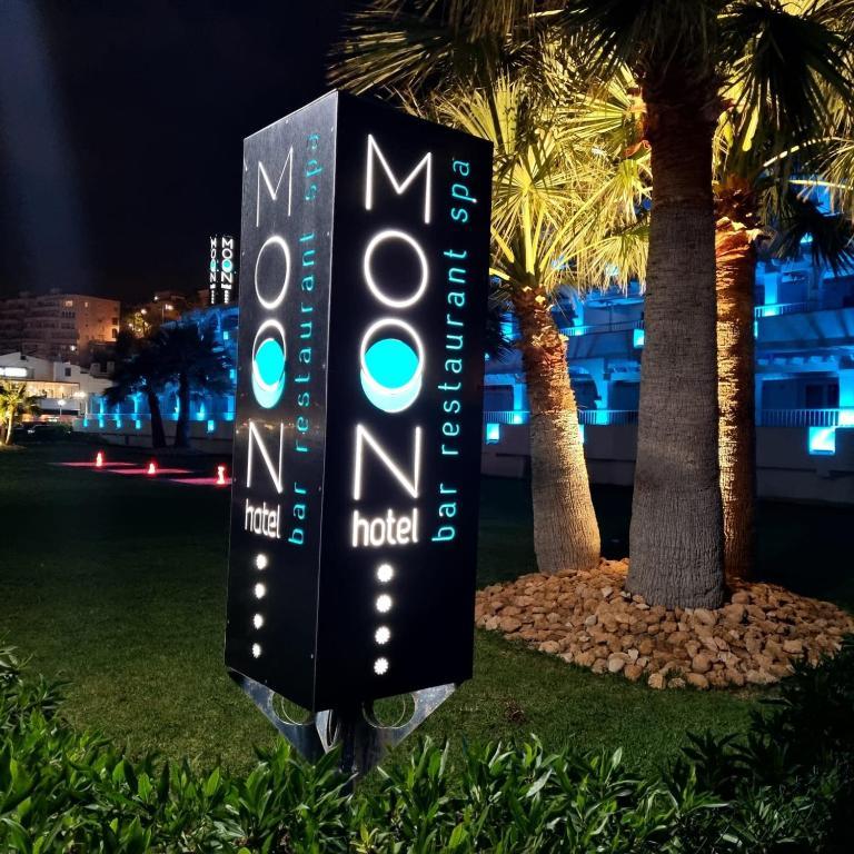 Moon Hotel & SPA.