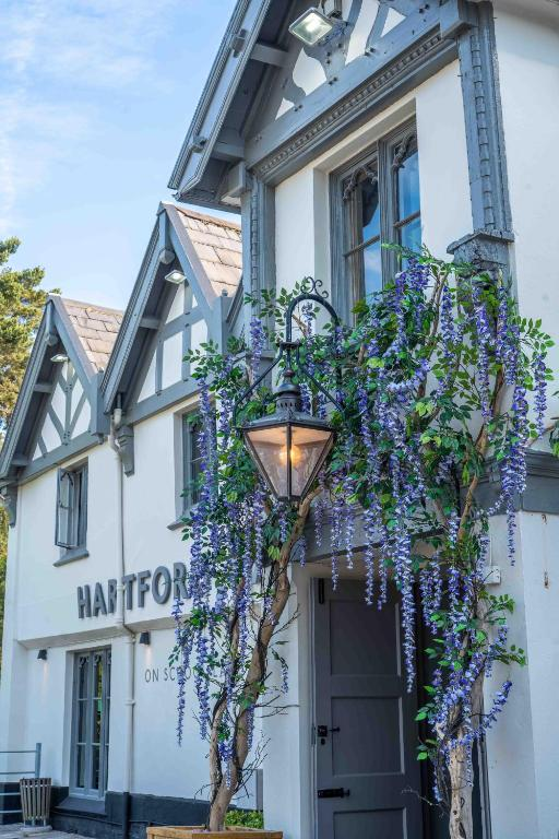 Hartford Hall Hotel by Marstons Inns - Laterooms