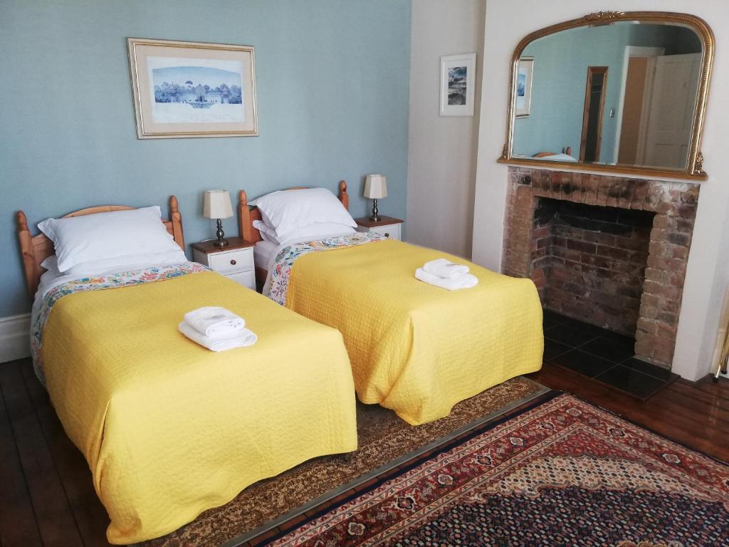 Gyves House Guesthouse - Laterooms