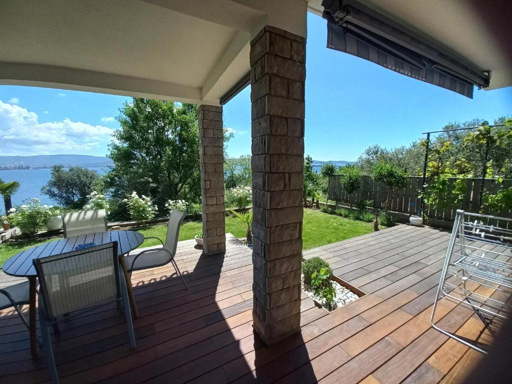 Balkon oz. terasa v nastanitvi Sea View Apartment Debeli Rtič