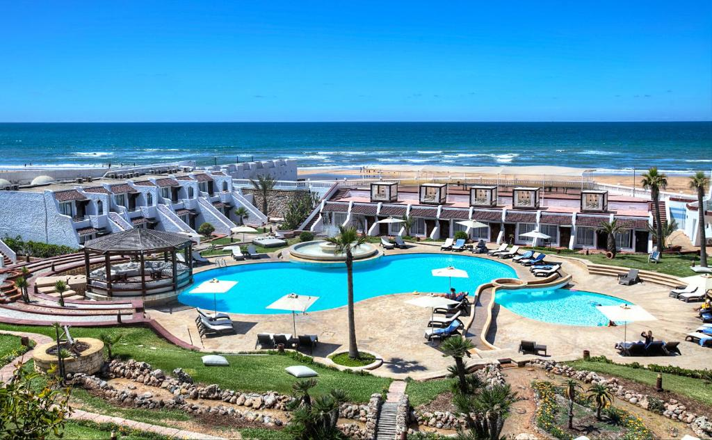 A view of the pool at Casablanca Le Lido Thalasso & Spa (ex Riad Salam) or nearby