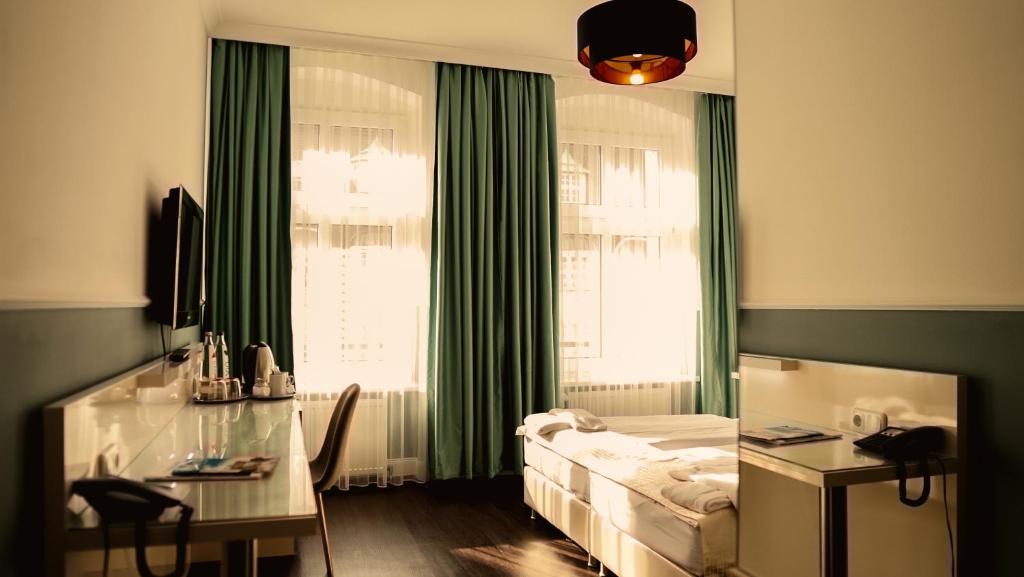 TV/Unterhaltungsangebot in der Unterkunft Hotel Prens Berlin