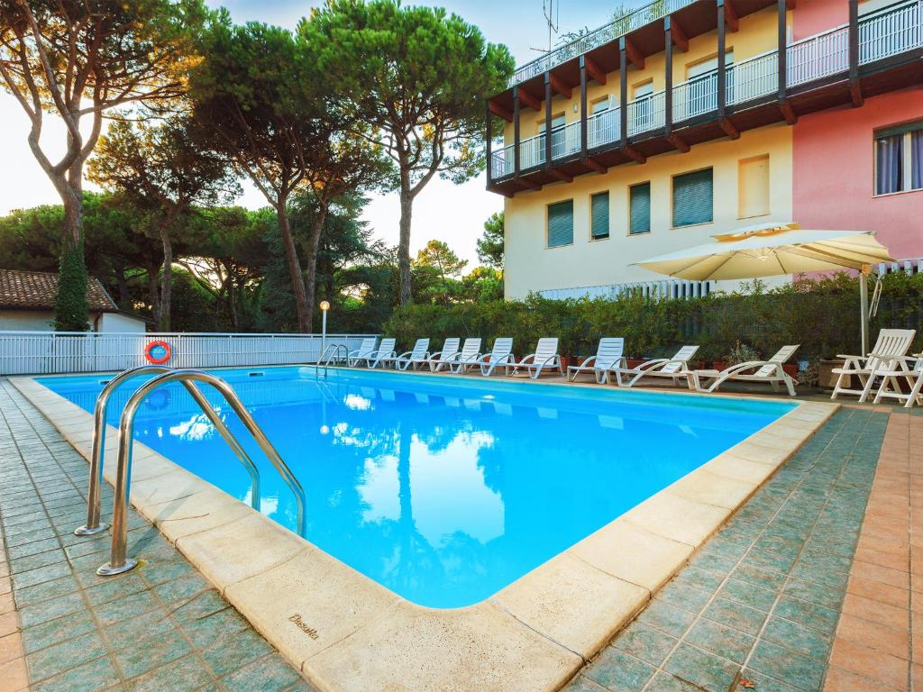 Hotel Columbia Marina Romea, Italy