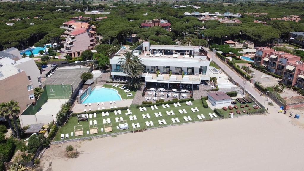 A bird's-eye view of Tropical Beach Boutique Hotel-Singular's Hotels
