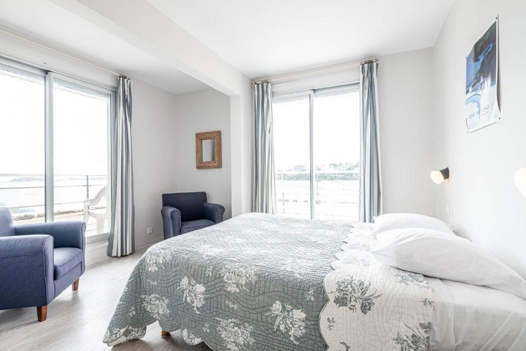 INTER-HOTEL Le Crystal - Dinard - Laterooms