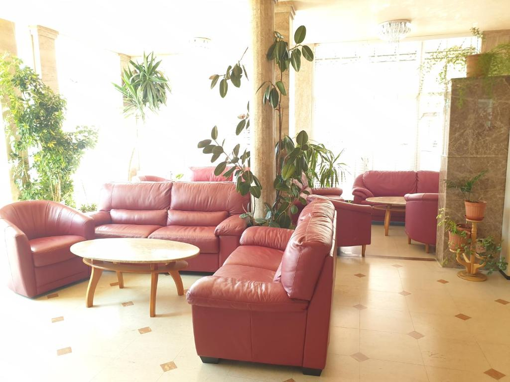 A seating area at Sunny Day Club Hotel