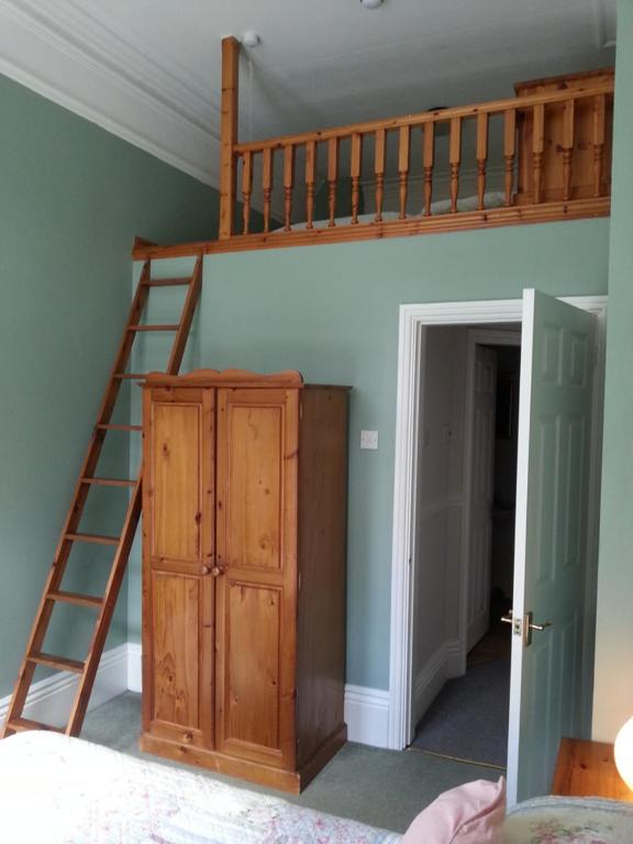 Hargate Hall - Laterooms