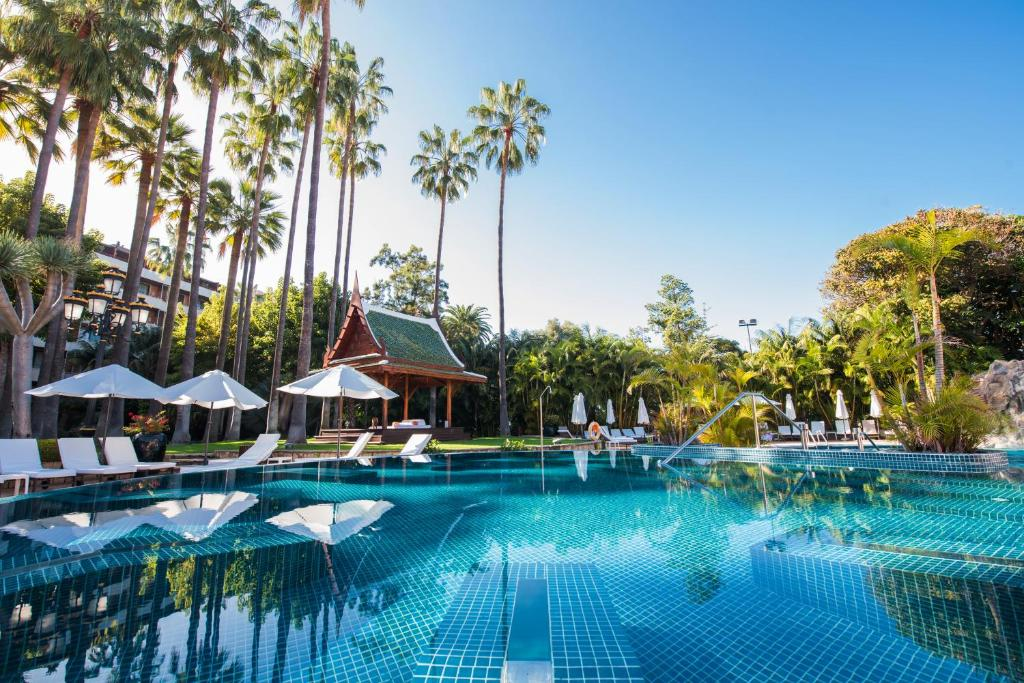 The swimming pool at or close to Hotel Botanico y Oriental Spa Garden