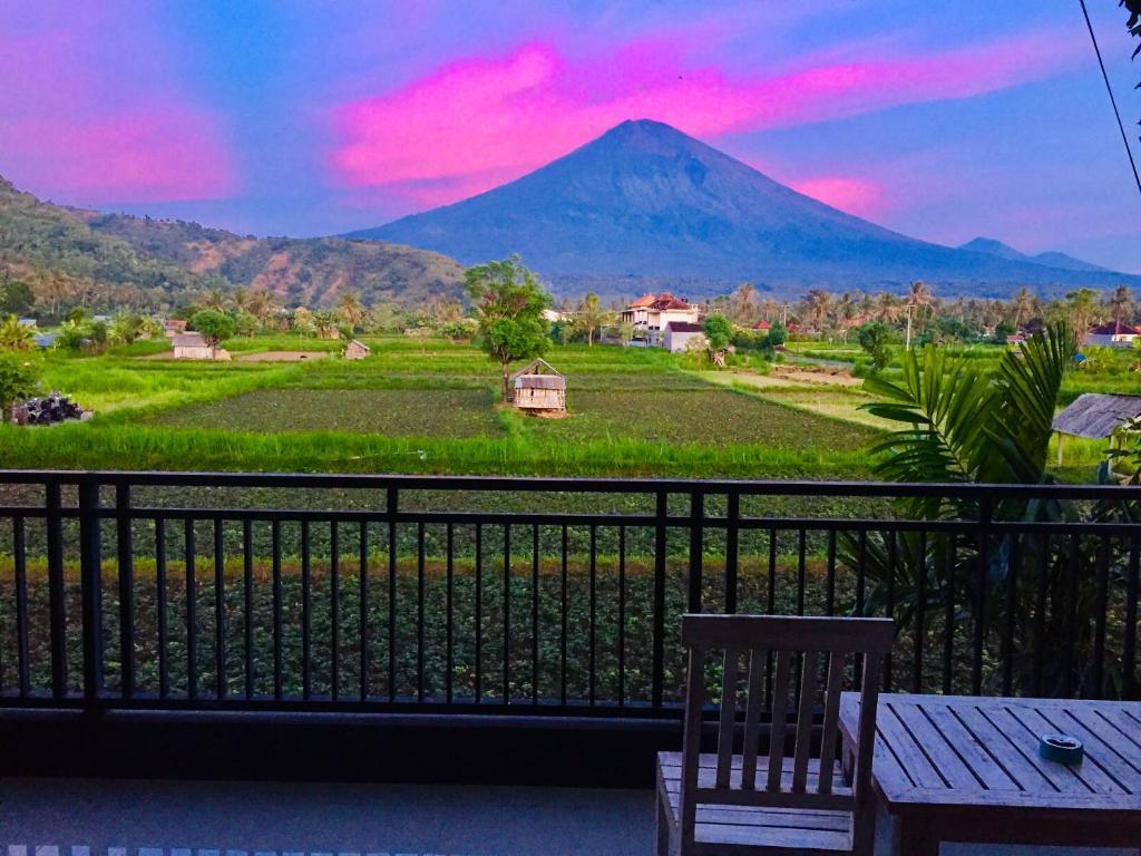 Een algemene foto van de bergen of uitzicht op de bergen vanuit de homestay
