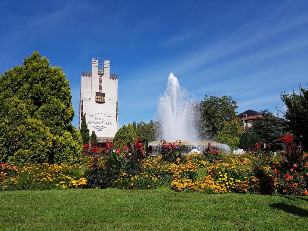 Silken Amara Plaza