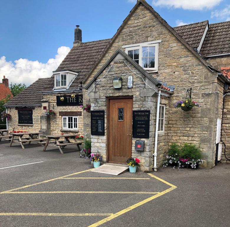 The Royal Oak in Swayfield, Lincolnshire, England