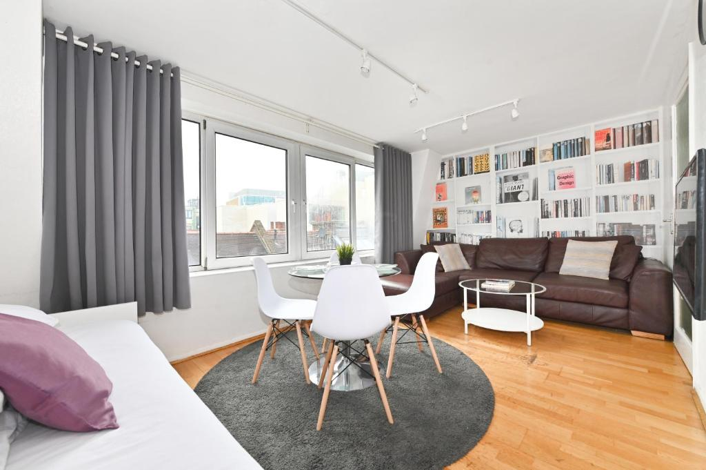 Oxford Street & Carnaby - Soho Abode Apartments in London, Greater London, England