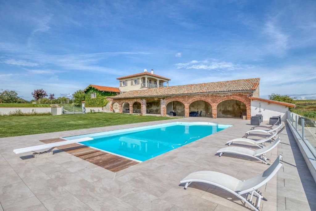 Family villa at 1H15 from Lyon