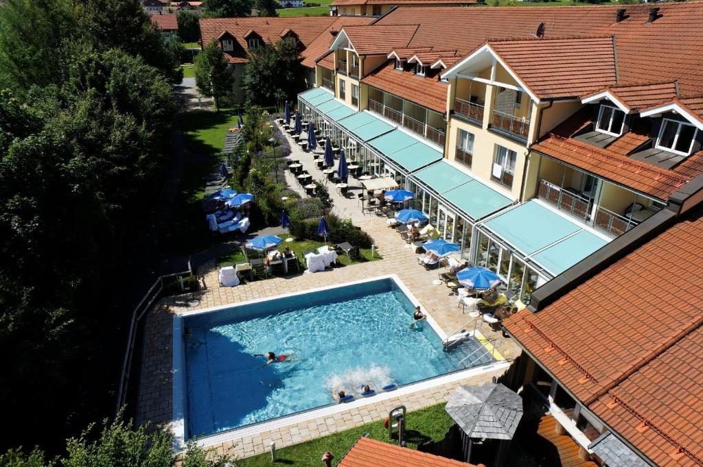 A view of the pool at Hotel Herzog Heinrich or nearby
