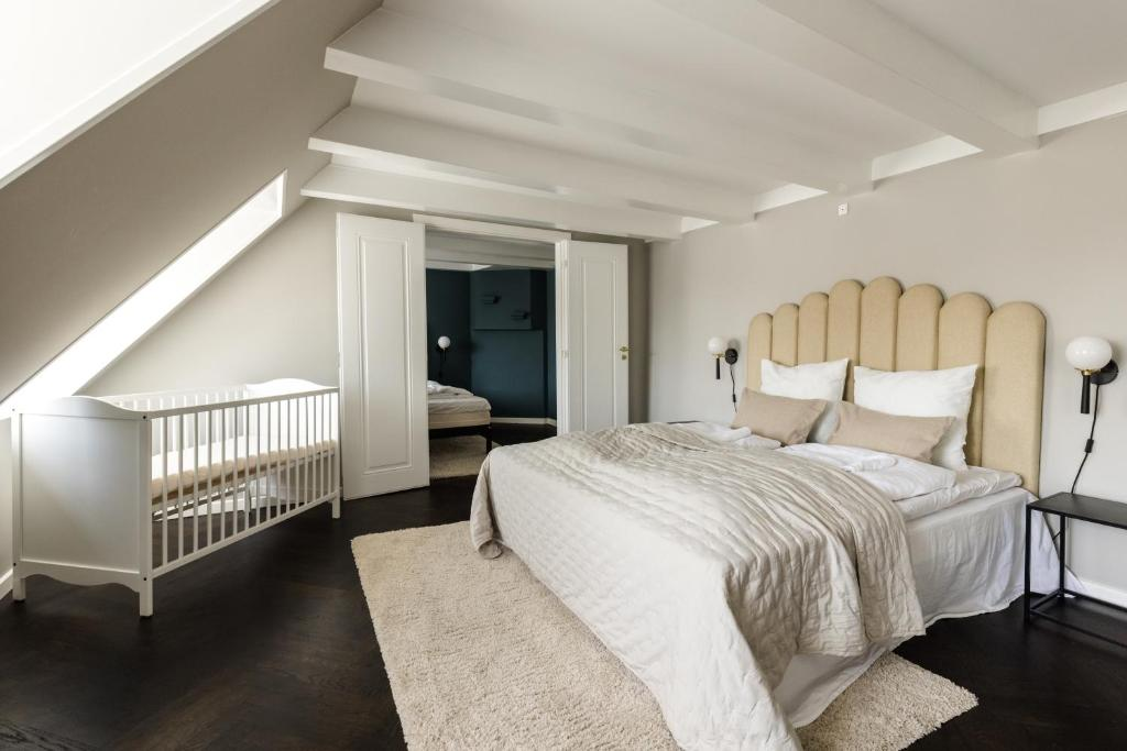 A bed or beds in a room at LUXURY Penthouse · Private Balcony · Heart of Copenhagen
