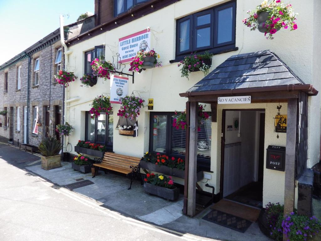 Little Harbour Guesthouse in Looe, Cornwall, England