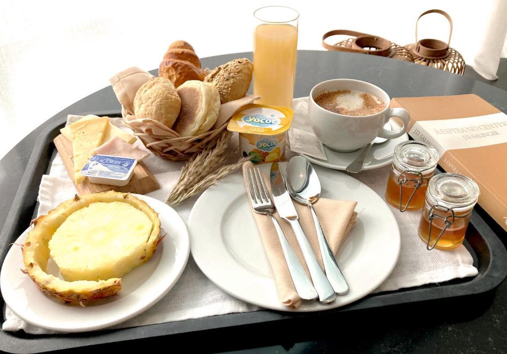 Завтрак для гостей Hotel Do Colegio