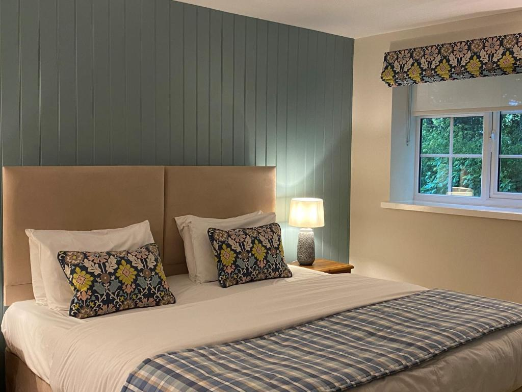 Caley Hall Hotel - Laterooms