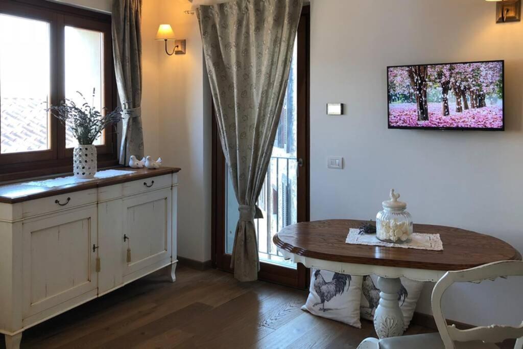 TV o dispositivi per l'intrattenimento presso La Poulerie - Suite Dépendance