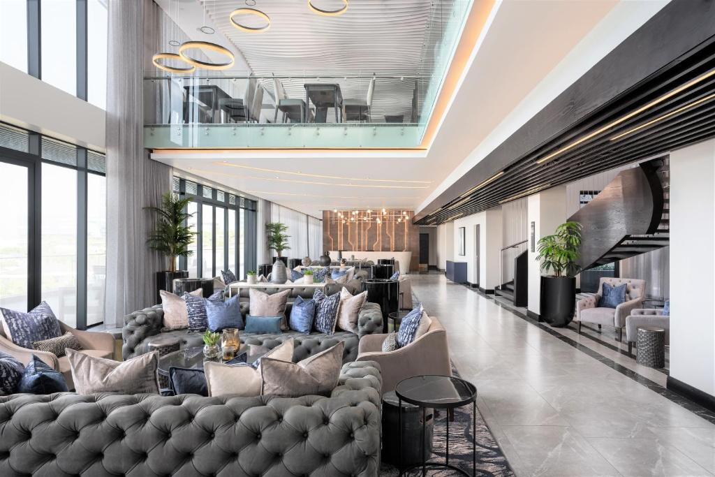 The lobby or reception area at Premier Hotel Umhlanga