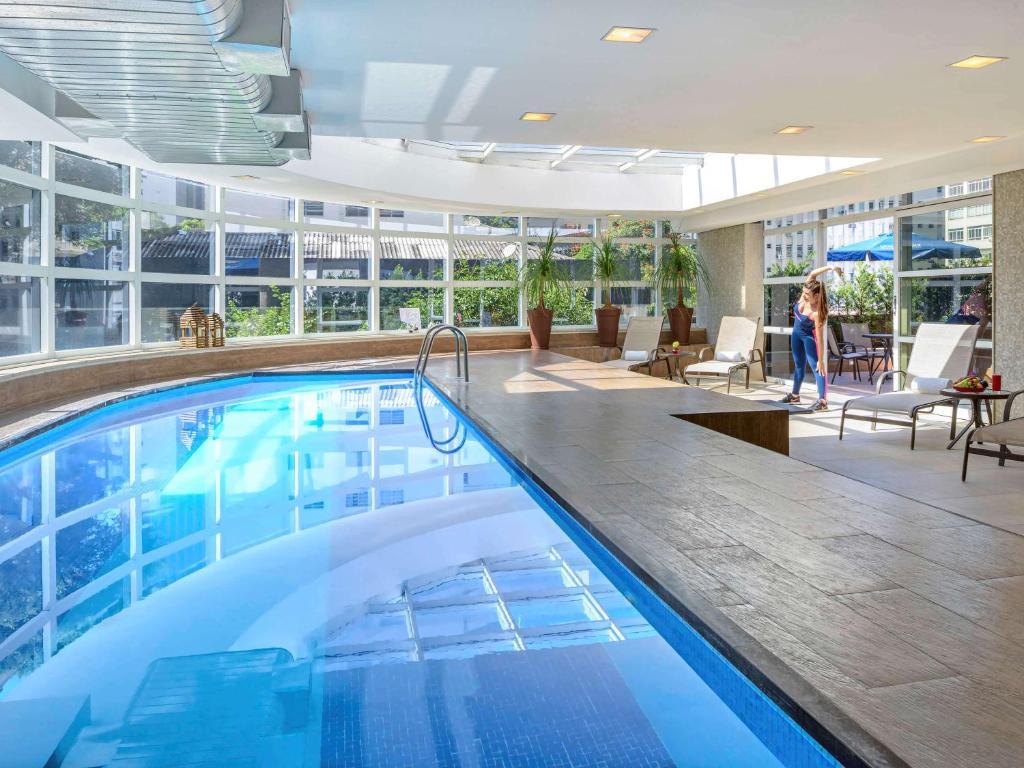 The swimming pool at or near Mercure Sao Paulo Jardins
