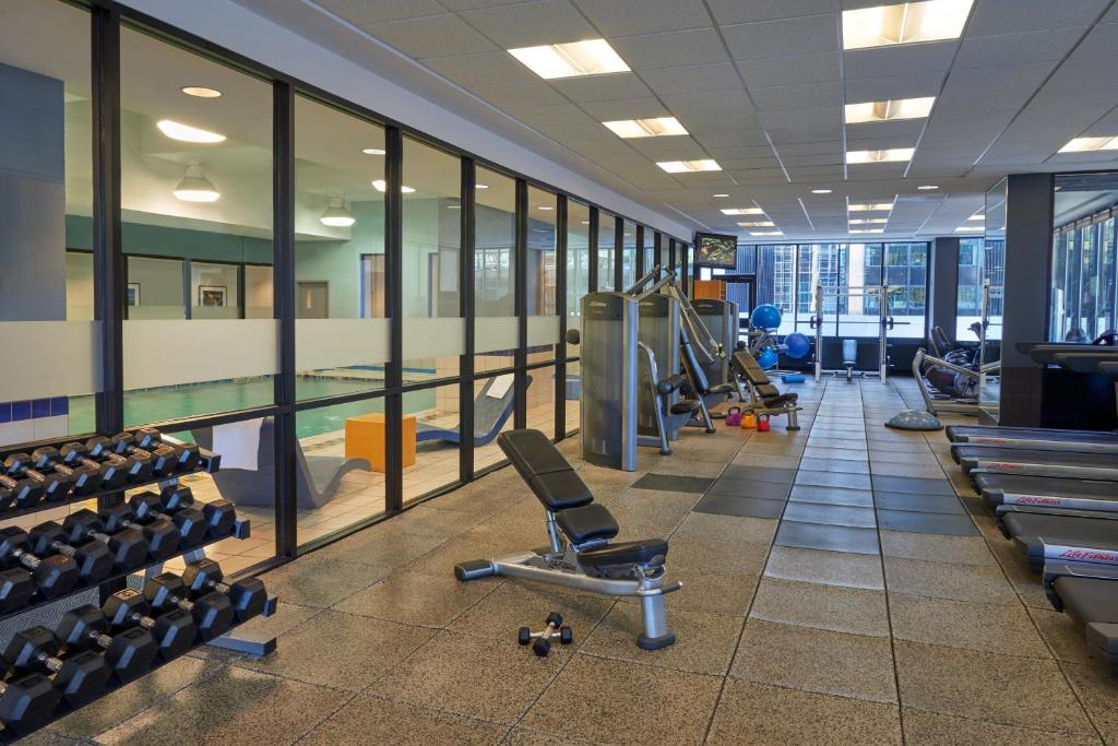 The fitness center and/or fitness facilities at Ottawa Marriott Hotel