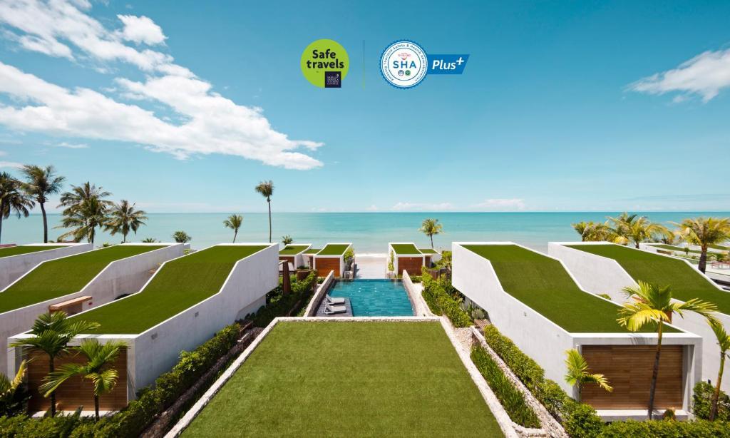 Vaade basseinile majutusasutuses Casa De La Flora - SHA Plus või selle lähedal