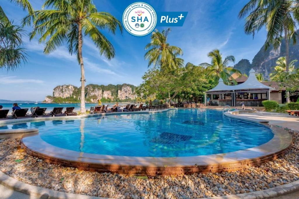 The swimming pool at or close to Railay Bay Resort & Spa-SHA Plus