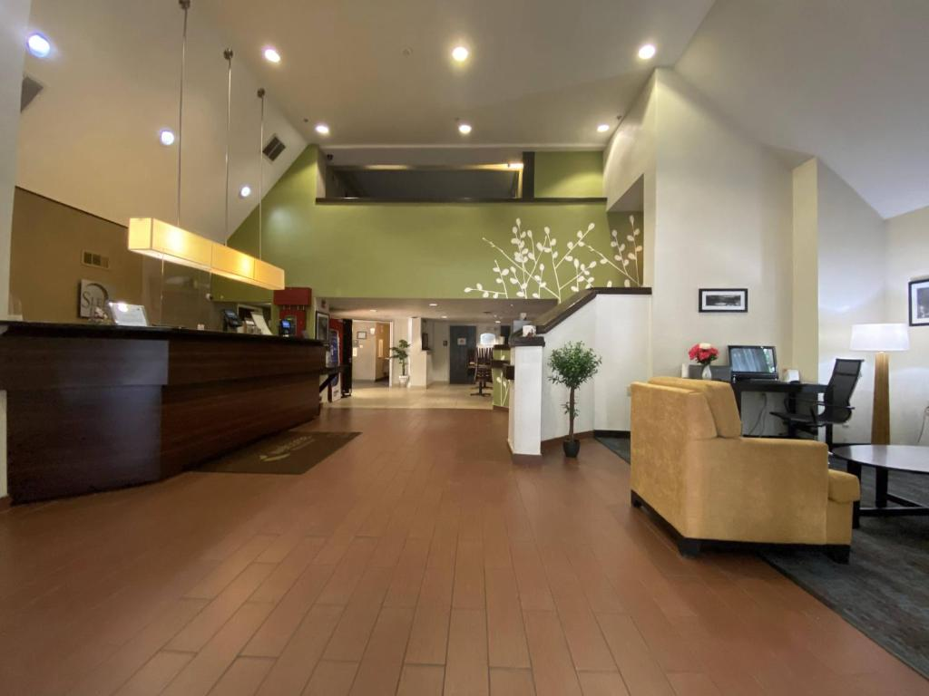 The lobby or reception area at Sleep Inn Atlanta Airport