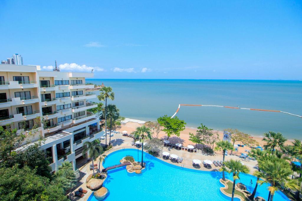Вид на бассейн в Garden Sea View Resort или окрестностях