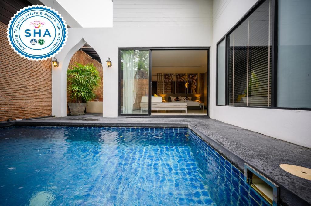 The swimming pool at or near Cae Villa Hua Hin