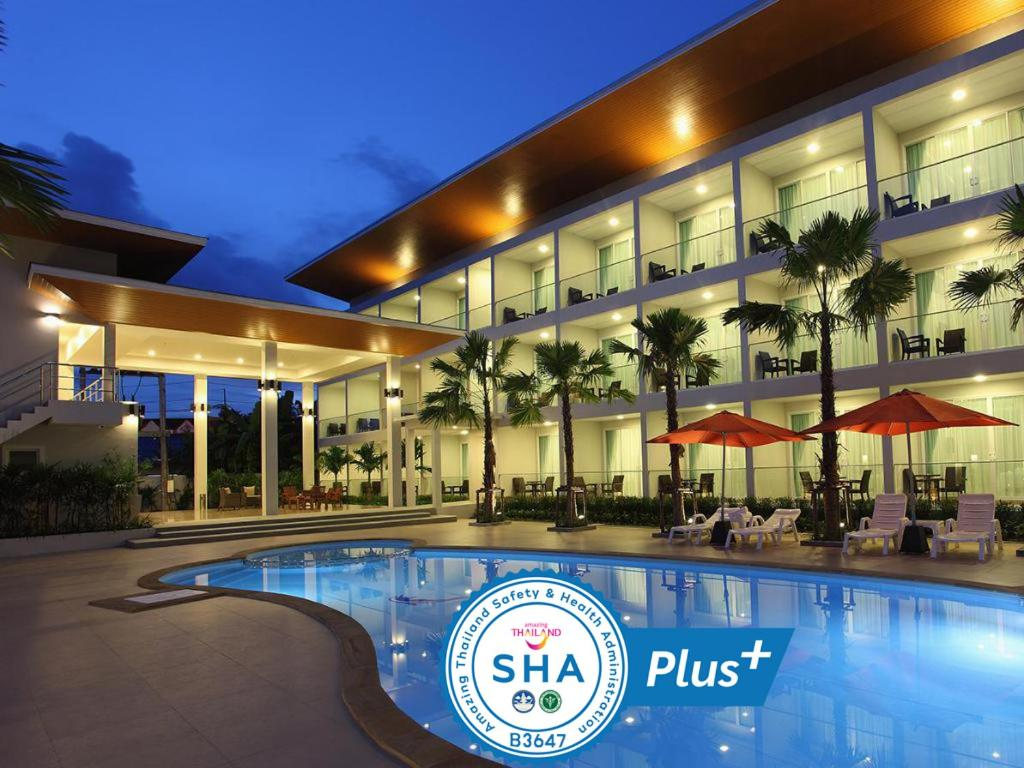The swimming pool at or near Clear House Resort - SHA Plus