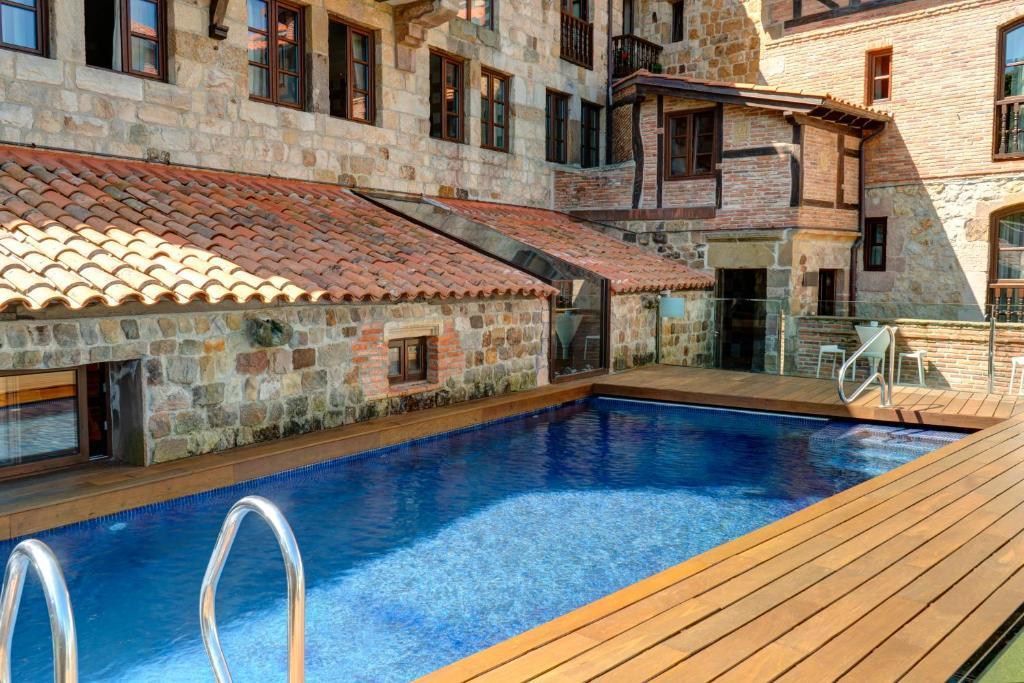Costa Esmeralda Suites 2