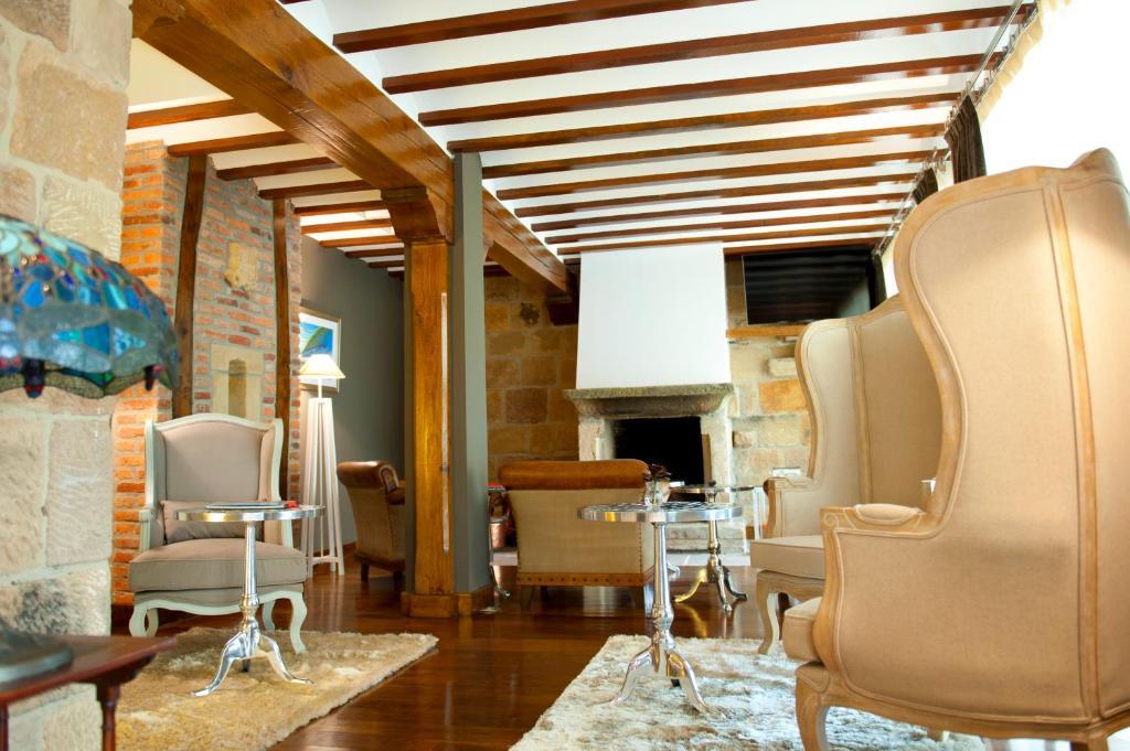 Costa Esmeralda Suites 15