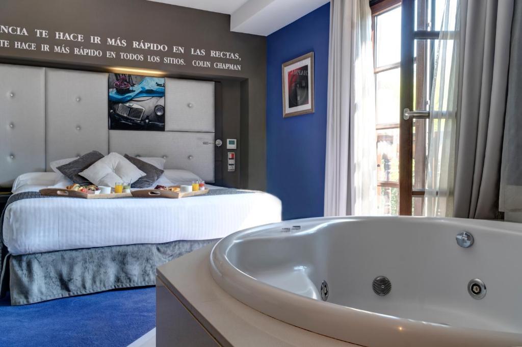 Costa Esmeralda Suites 14