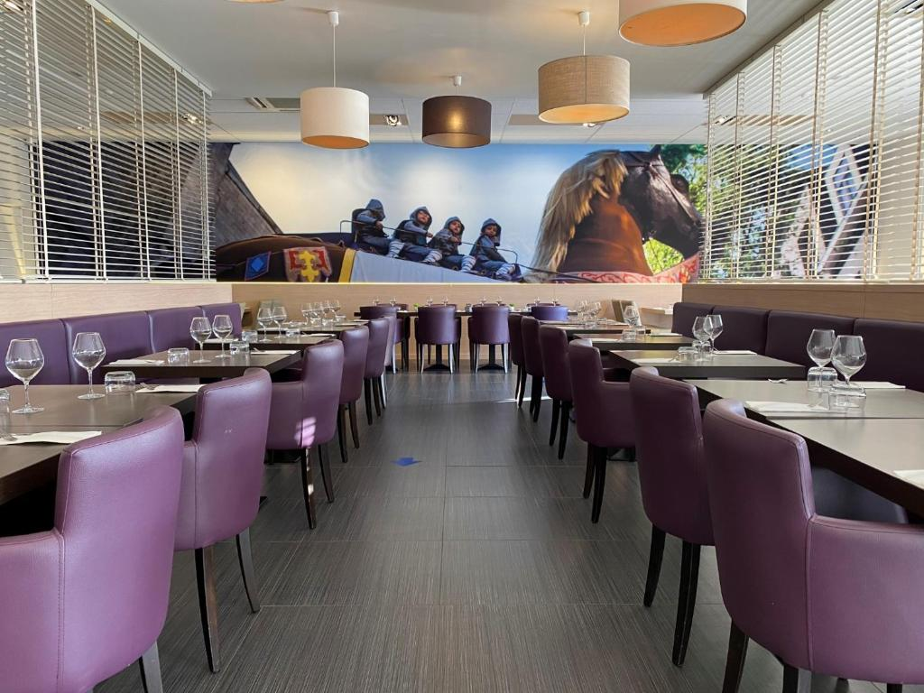 A restaurant or other place to eat at Hotel & Aparthotel Horizon Ath Lessines