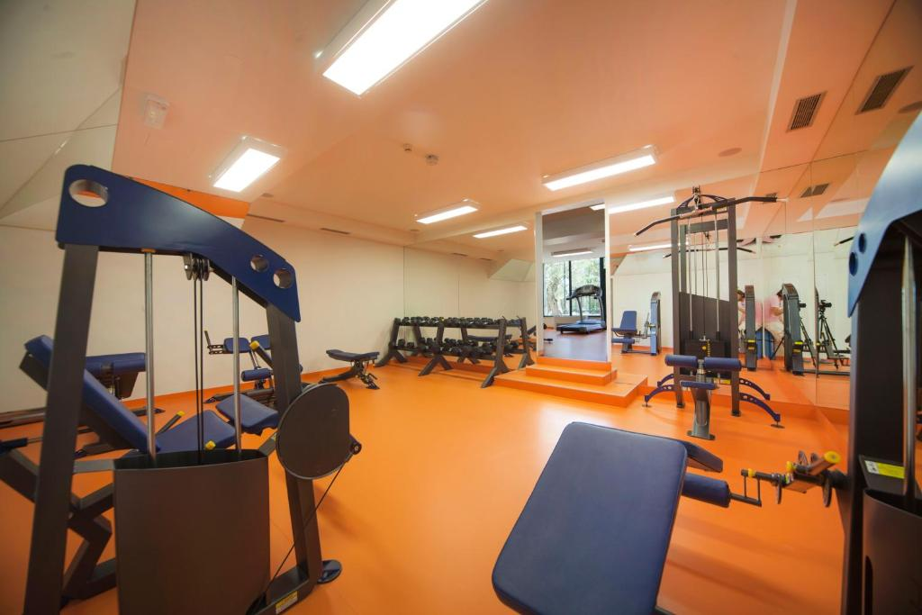 The fitness centre and/or fitness facilities at Bluesun hotel Neptun - All inclusive