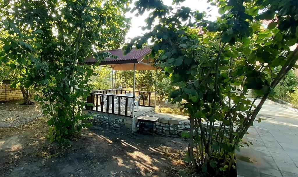 A piscina localizada em Gabala Sweet Home ou nos arredores