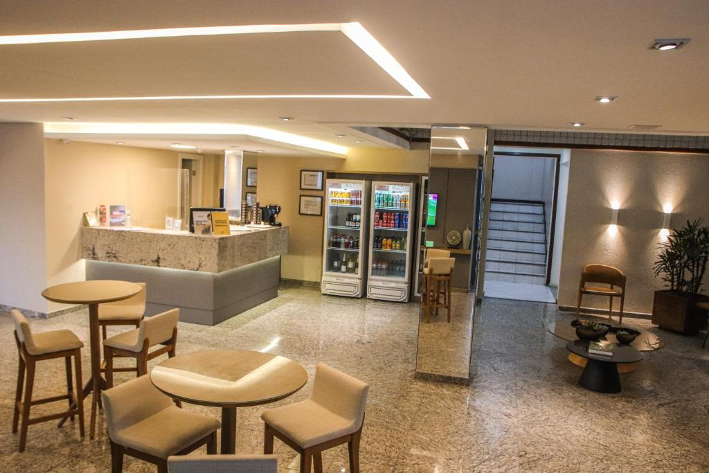 The lobby or reception area at Hotel Acalanto
