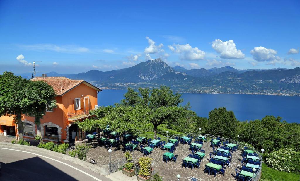 Hotel Giardinetto San Zeno di Montagna, Italy