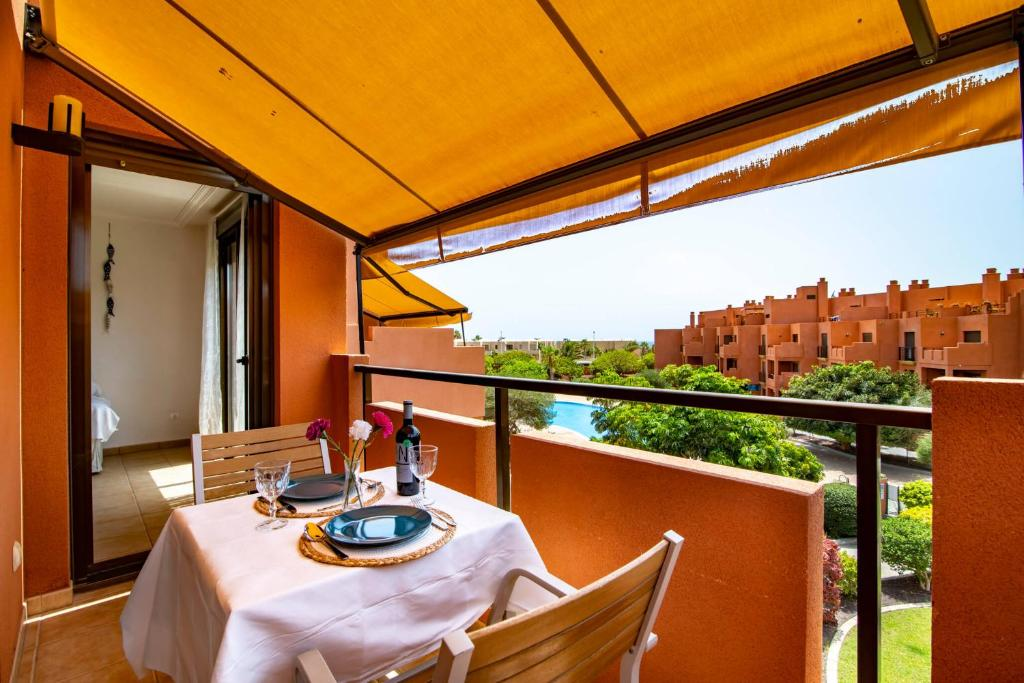 A balcony or terrace at Sotavento Apartment. 1 Bedroom, 2º floor.