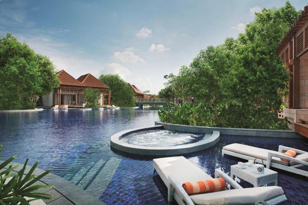 Der Swimmingpool an oder in der Nähe von Resorts World Sentosa - Beach Villas (SG Clean)